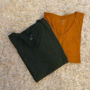 Bundle of Maternity t-shirts
